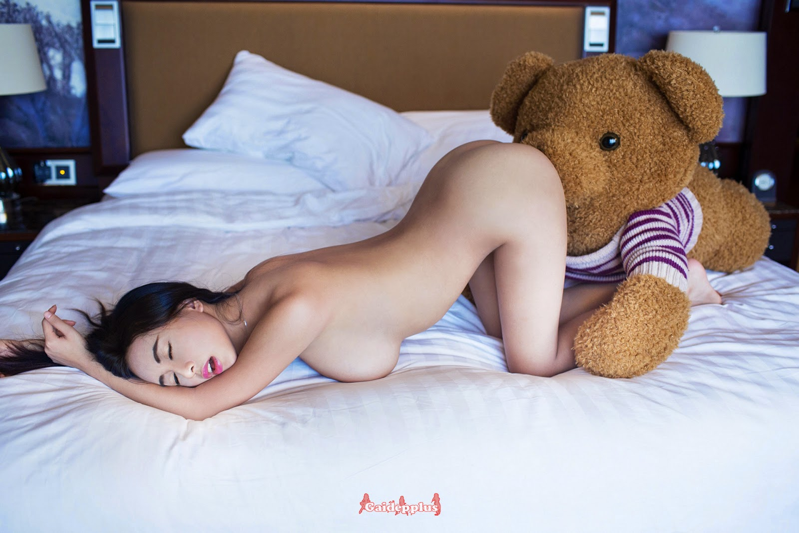 Bear grylls desnudo sin censura